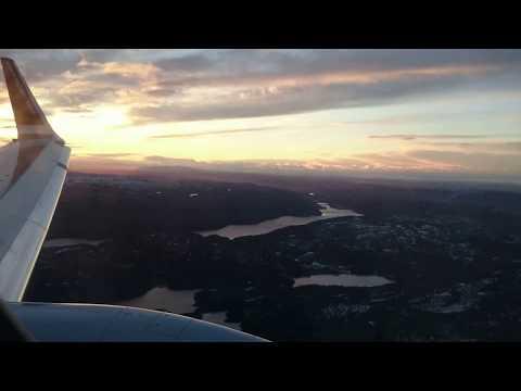 Lander på Værnes flyplass. Landing on Værnes airport Norway (Trondheim)