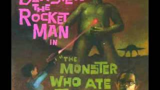 blaster the rocket man -  human fly our hero escapes..
