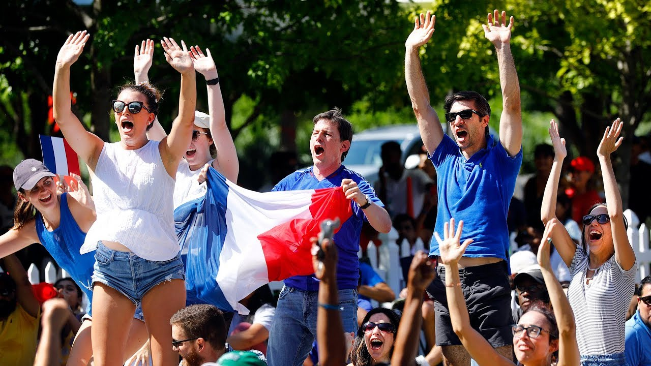 world-cup-watching-party-in-downtown-dallas