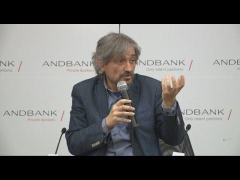 """Conferència Carles Capdevila """"Arreglem el món amb humor"""""""