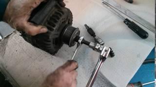Снятие обгонной муфты генератора Ford Transit 06+
