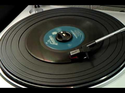 Christmas 45's - The Chipmunk Song - The Chipmunks with David Seville