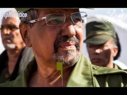 ما قصة بدلة الزعيم محمد عبد العزيز وقبعته العسكرية ؟