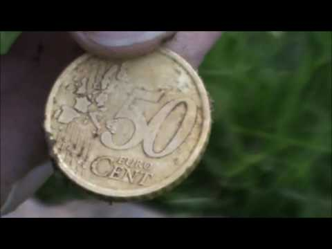 metal detecting ireland.yes its legal :-)