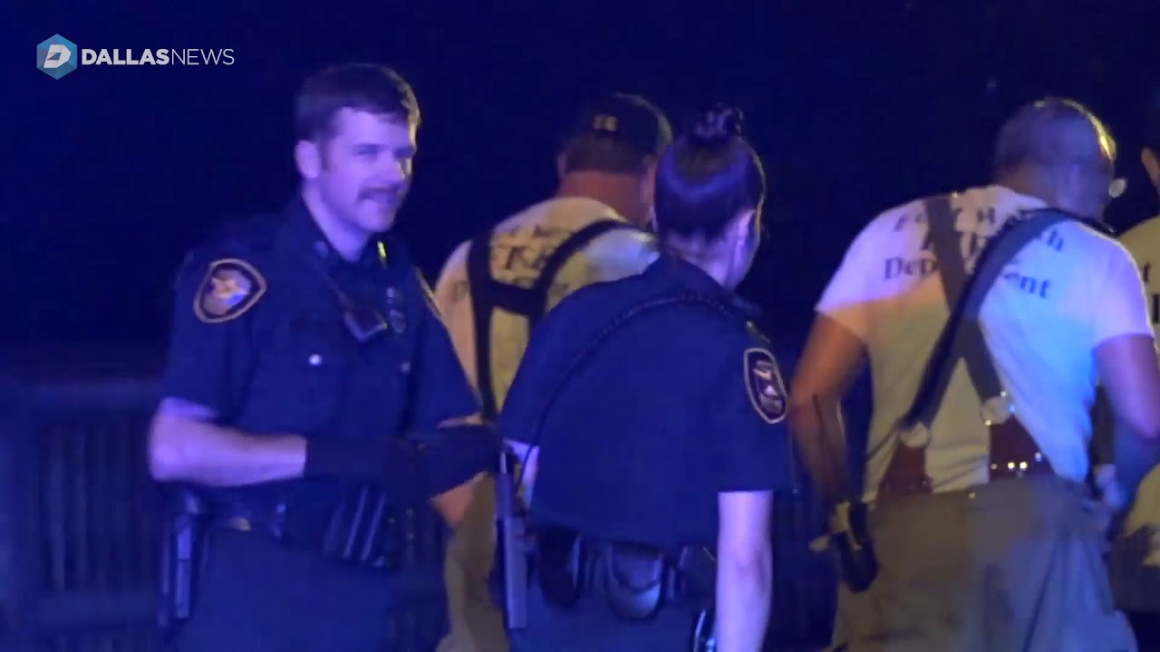 bystanders-pulled-single-vehicle-rollover-victim-from-wreckage-fort-worth-police-say