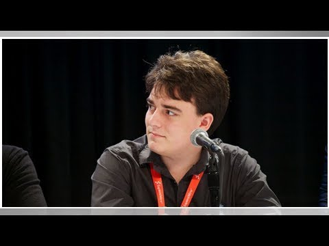 Mark Zuckerberg says he didn't fire Palmer Luckey out of anti-conservative bias
