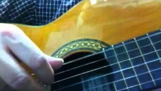 タイガースの落ち葉の物語を クラシックギターで弾き語りしてみました。