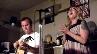 Kay Hanley (Letters to Cleo)-The Wuss Song (Live @Kiva)