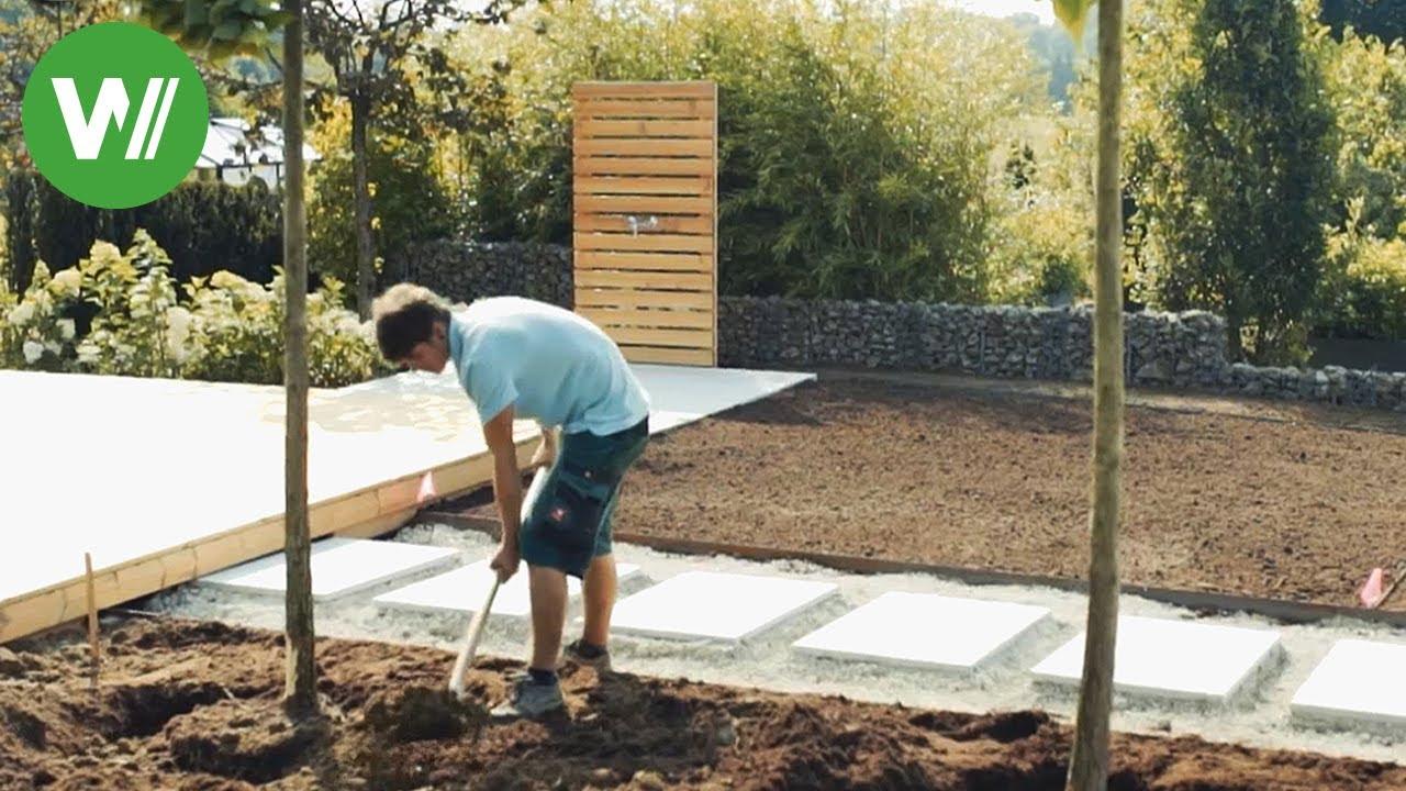Der Moderne Garten Ein Holzdeck Bauen Und Pflegeleichte Beete Mit Bewasserungsanlage Anlegen