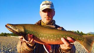 Рыбалка в ТАЙГЕ на очень СЕКРЕТНОЙ реке Fishing on a Top Secret Siberian river Часть 1