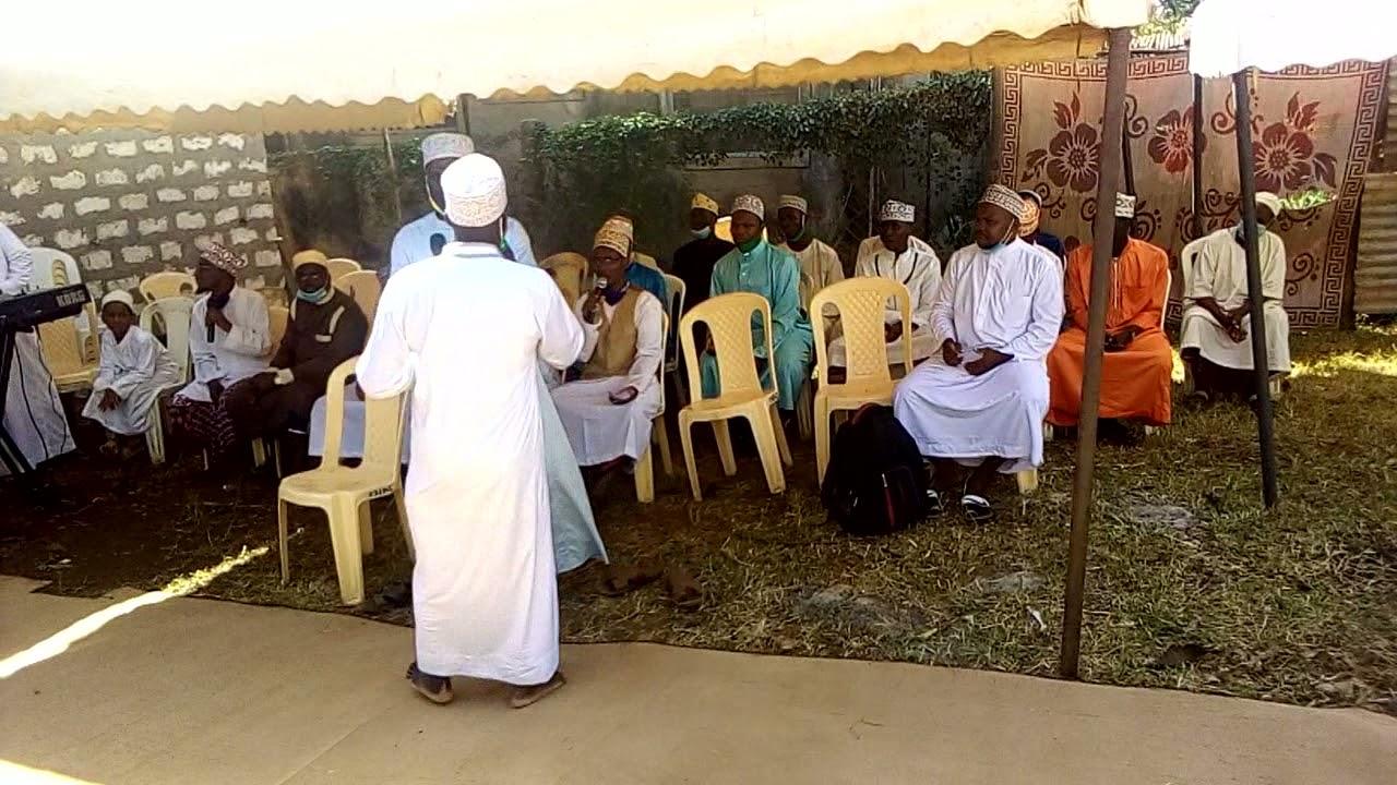 Download FIRQATUL AASHEQEENA: QASWIDA: ADA YA HARUSI MUIMBAJI:UST SAID