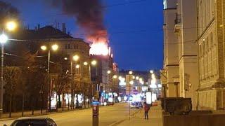 Чудовищный пожар в центре Риги убил 8 человек