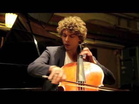 Konstantin Manaev and Kateryna Titova   Robert Schumann three fantasy pieces op. 73