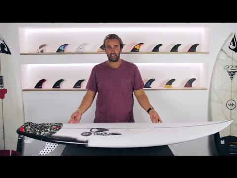 JS Air 17X Julian Wilson Surfboard + Jack Freestone Futures Fins Review - The Surfboard Guide