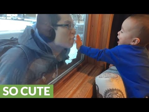 Baby can't stop laughing when dad arrives home
