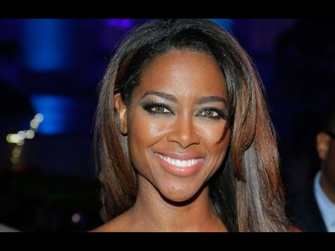 Kenya Moore Interview | AfterBuzz TV's Spotlight On