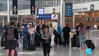 Bientôt une éco-taxe sur les billets d'avion ?