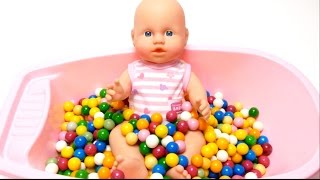 Baby Doll Bath Time in Dubble Bubble Gumballs Bathtub thumbnail