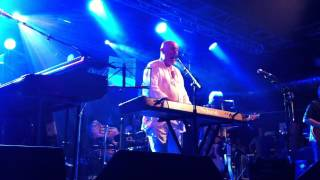 "Neil Innes Rutles ""Cheese and Onions"" and ""Doubleback Alley"" (part) at Beatleweek 2013"