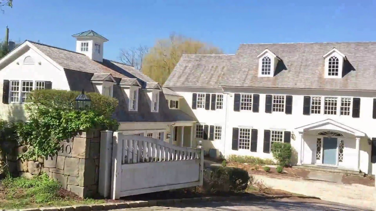 ON THE ROAD: A Drive by to TURKEY HILL, Martha Stewart\'s old house ...