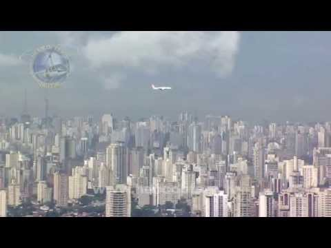 Spectacular landing at Congonhas Airport, Sao Paulo, Brazil.