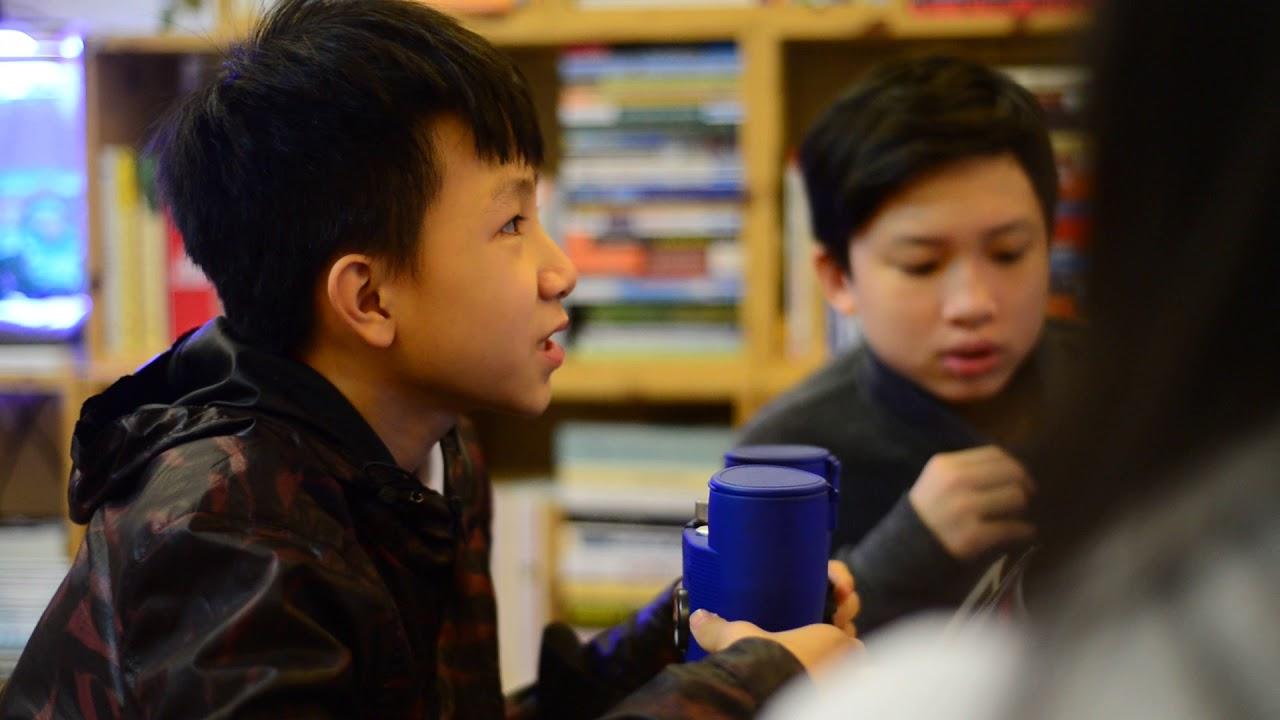 Giới thiệu ống nhòm – Con học tiếng Anh theo cách tự nhiên – English with Mia