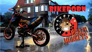BIKEPORN || WORLD'S SEXIEST KTM 690 SMC-R || SUPERMOTO || CRAZY MONKEYS
