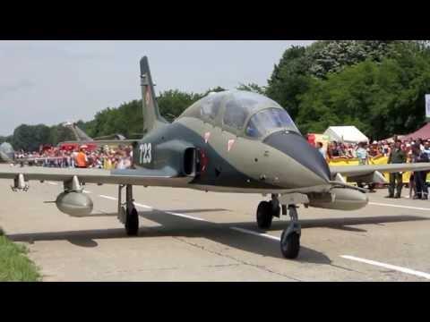 IAR-99 unedited sound of Rolls Royce Viper 632-41 engine