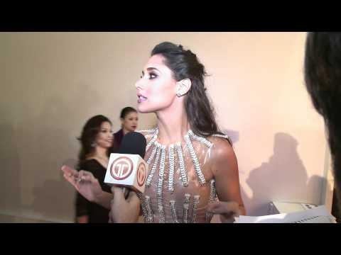 Amelia Vega en la alfombra roja del Miss Universo 2011