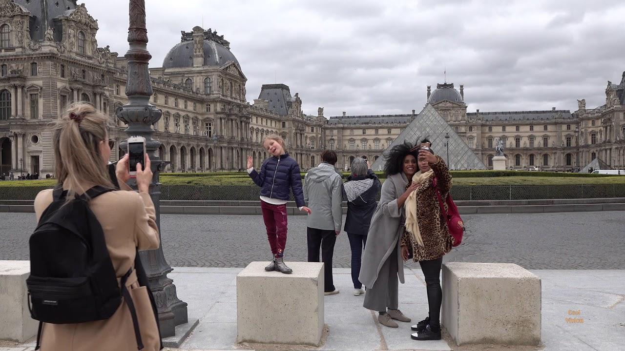 The Streets of Paris. Walking in Paris 4K.