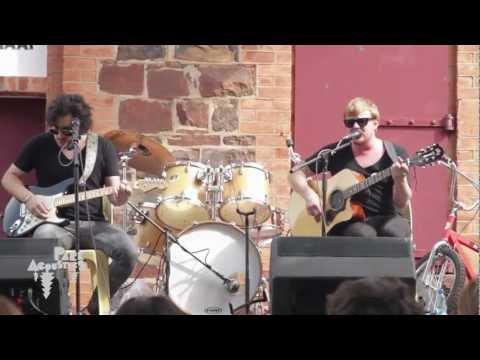 Francois Van Coke Acoustics - Hemel Op Die Platteland