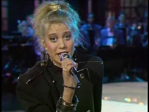 Trine Dyrholm  Danse i måneskin DMGP 1987