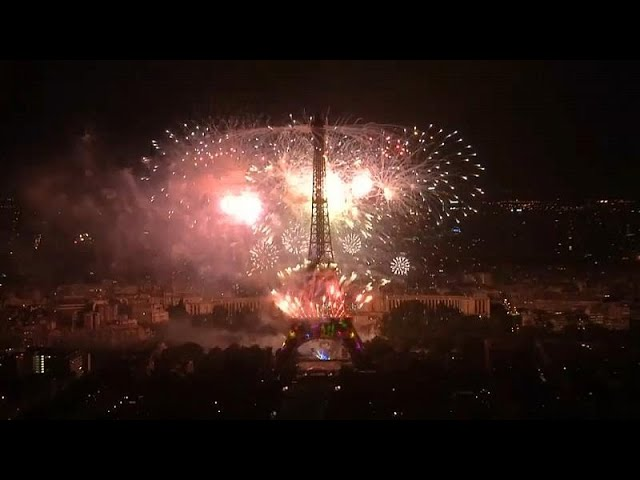 Fireworks at Eiffel Tower celebrate Bastille Day
