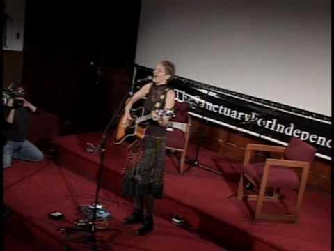 "Eliza Gilkyson ""Emerald Street"" (concert video 1/4)"