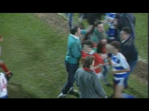 Brian Clough vs. Nottingham Forest fans (1989)