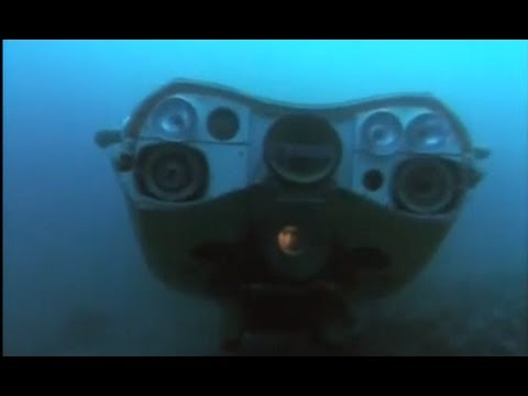 The Undersea World Of Jacques Cousteau   Search In The Deep of the Oceans