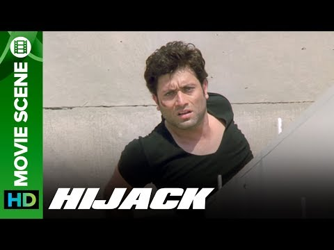Shiney Ahuja's fights with hijackers to save his daughter - Hijack