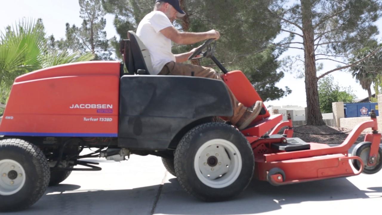 Jacobsen Turfcat T528D 4x4 Mower