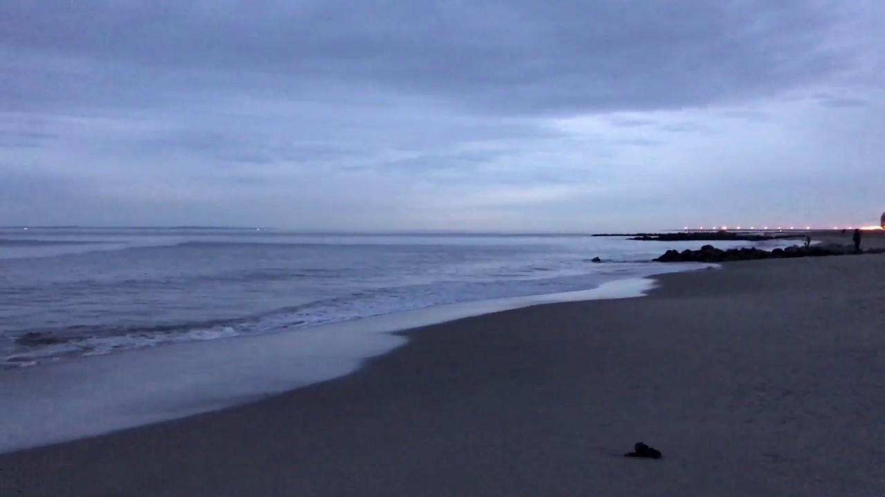 Atlantic Ocean Brighton Beach It The Evening New York Youtube