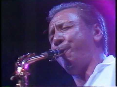 LOVE BIRDS WHISPER IN MY EAR Sadao Watanabe - YouTube