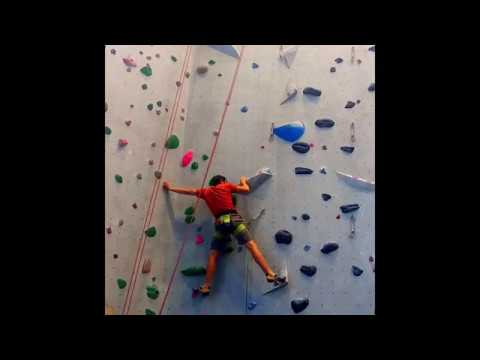 Alex Honnold Climbing / Training on 5.12c @  Mesa Rim, San Diego | Vertical Voyagers
