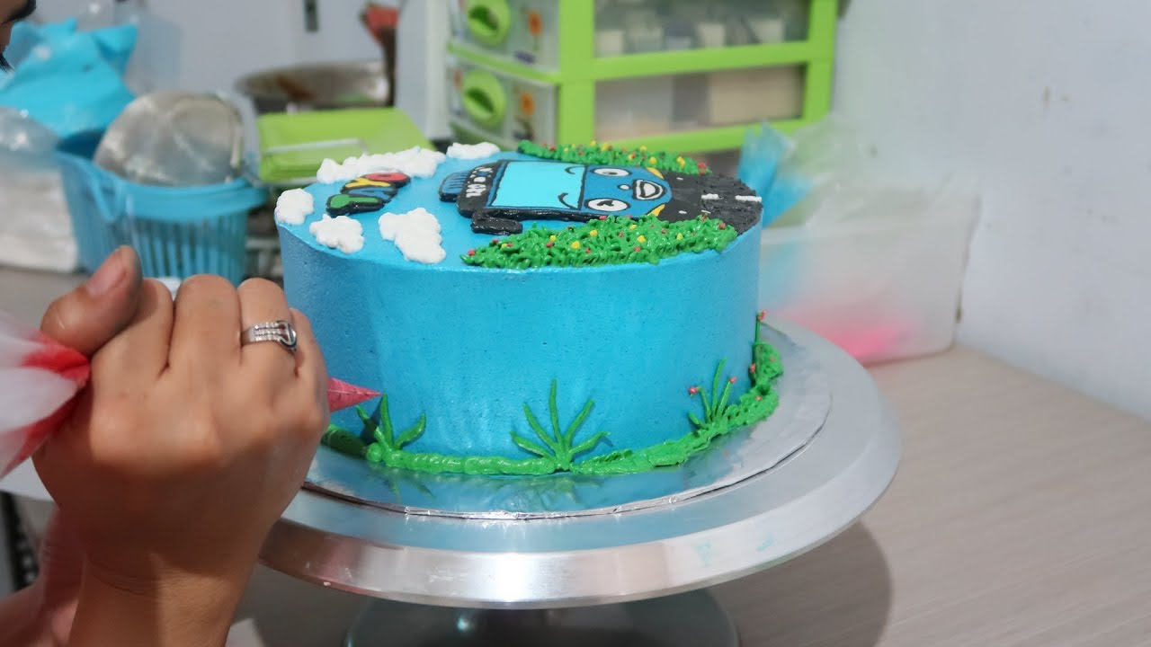 How To Decorating Cake Birthday Tayo The Little Bus Character Tart Simple