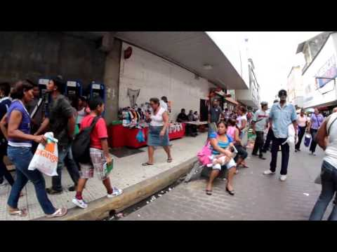 Panama City Shopping Avenida Central  - Walking Street - Off The Beaten Path