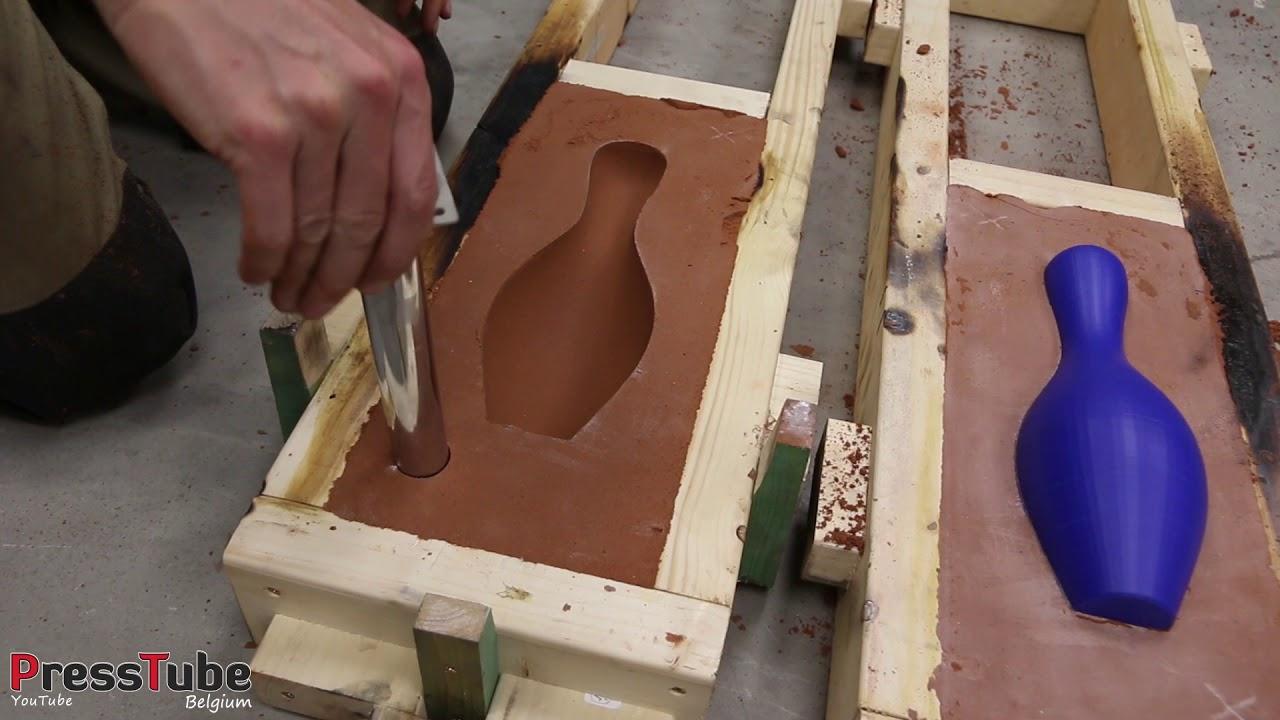 Zo maak je een BOWLING KEGEL van gesmolten aluminium !