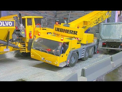 RC CRANE LIEBHERR  LTM 1055 WORK ON THE DEEP CONSTRUCTION! NICE RC CRANE ACTION! RC LIVE ACTION