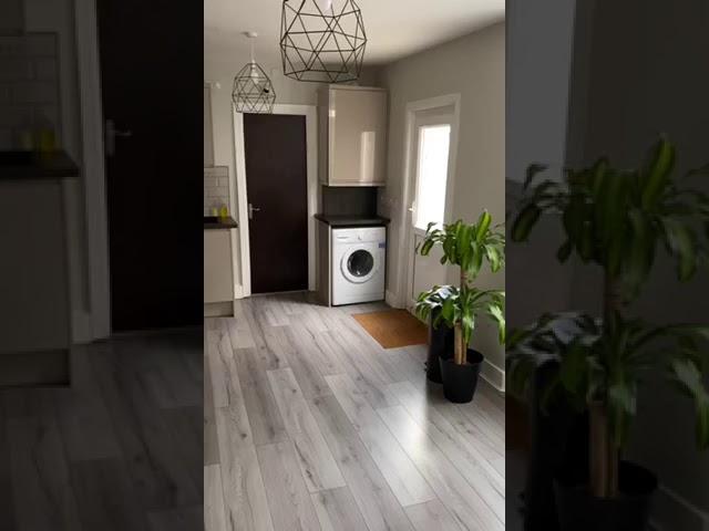 Beautiful Brand New Modern House Share   Main Photo