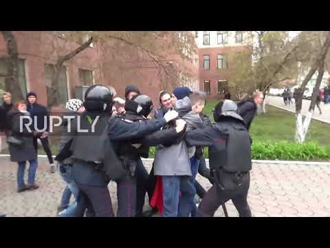 Russia: Dozens detained at unauthorised rally in Krasnoyarsk