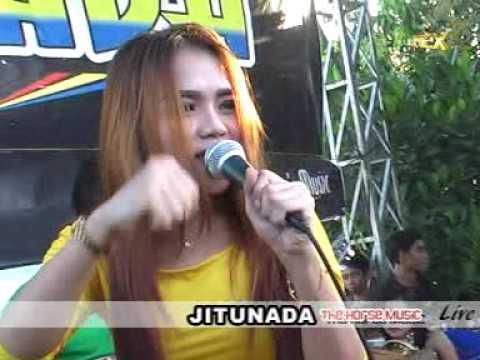 JITU NADA#CINTA PANTAI BALI#VOC TARI YUSINTA#LIVE JATIKALEN NGANJUK APIEX SHOTING