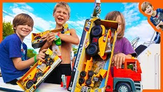 Toy Construction Trucks For Kids Caught By Crane Truck and Pretend Play Fishing