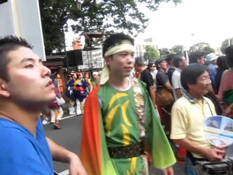 Japanese performers in traditional clothing @ harajuku festival